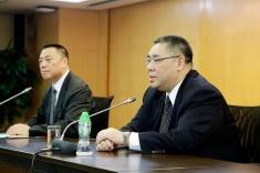 行政長官崔世安與經濟財政範疇部門座談,感謝他們在風災援助工作上的貢獻1