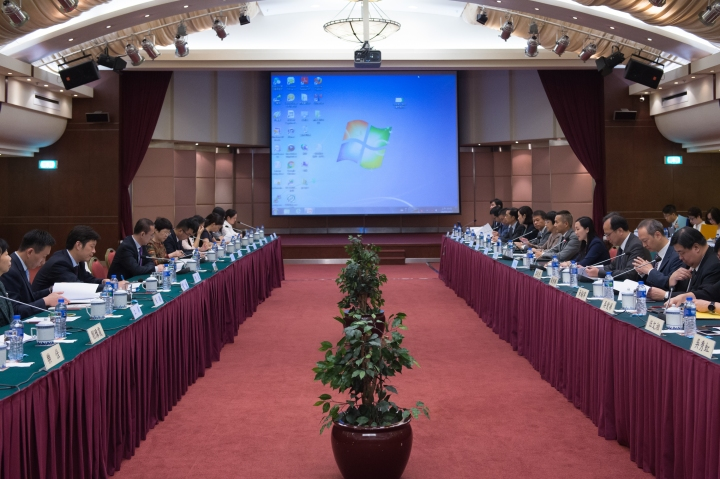 CEPA升級版第三次高官會會議昨(26日)在澳門舉行。