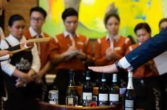 Bene Mercato - Wine 06