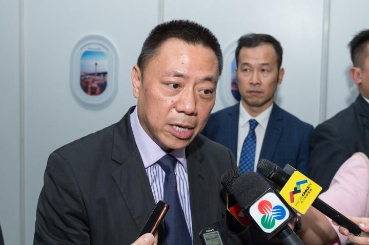 經濟財政司司長梁維特接受訪問