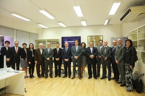 葡萄牙理工學院協調委員會代表團參訪澳門理工學院中葡英機器翻譯聯合實驗室