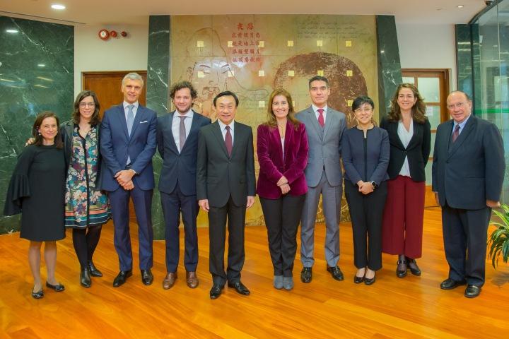 譚俊榮與葡萄牙旅遊國務秘書安娜•門德斯•戈迪尼奧會面促進合作