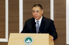 行政長官崔世安在宴請本地葡文及英文傳媒負責人時致辭