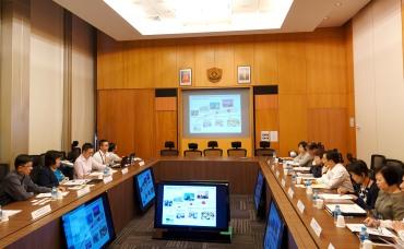 譚俊榮率教青局官員與新加坡教育部官員交流教育發展和人才培育