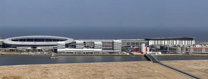 3月15日凌晨零時起,澳門特別行政區依法對港珠澳大橋澳門口岸管理區實施管轄。