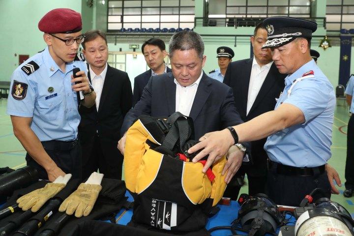 代表團一行到訪司法警察局