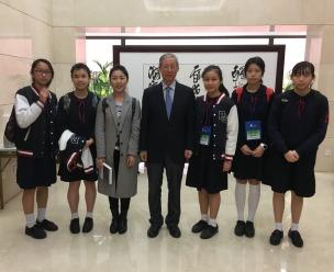原中國人民外交學會常務副會長、中國聯合國學會盧樹民會長親身和學生座談