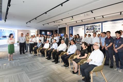 行政長官崔世安在珠海橫琴考察粵澳合作中醫藥科技產業園4