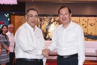 行政長官崔世安與廣州市委書記任學鋒會面
