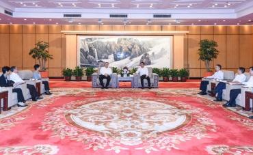 行政長官崔世安與深圳市市長陳如桂會面