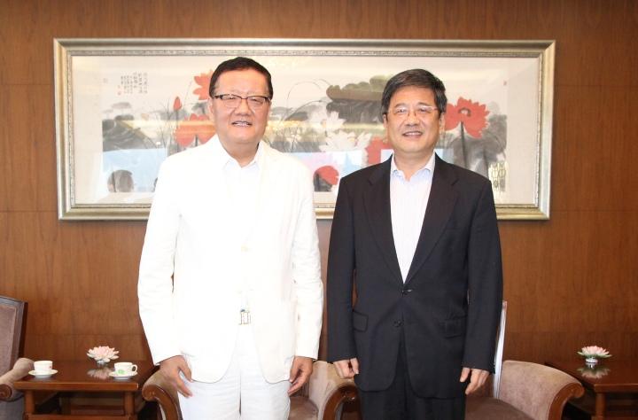 鄭曉松會見鳳凰衛視董事局主席劉長樂