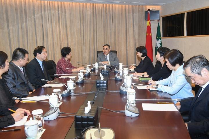 行政長官崔世安會見中國人民大學黨委書記靳諾和副校長杜鵬一行