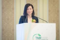 呂紅董事長介紹孵化區建設進展及傳統醫藥國際交流合作方面取得的階段性進展