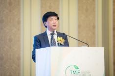 國家中醫藥管理局科技司司長李昱代表國家中醫藥管理局局長致辭