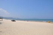 美奈的海灘延綿長達二十多公里,適合進行各種海上活動