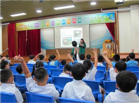 489 動物飼養員於校內為師生進行「齊來認識野生動物」講座