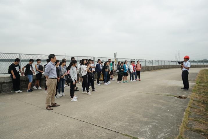 海事局組織師生參觀珠澳供水設施