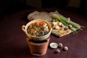 Braised Lamb Loin (Seasonal)_古法炆羊腩煲(秋冬供應)_Hor