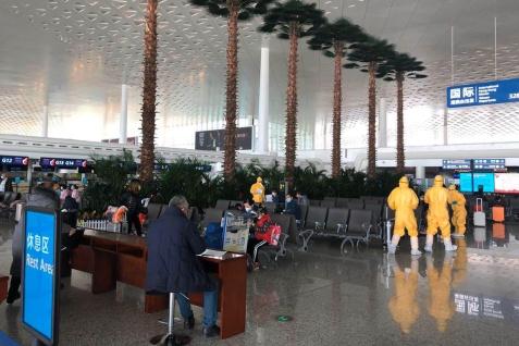 在武漢天河國際機場的澳門居民候機情況
