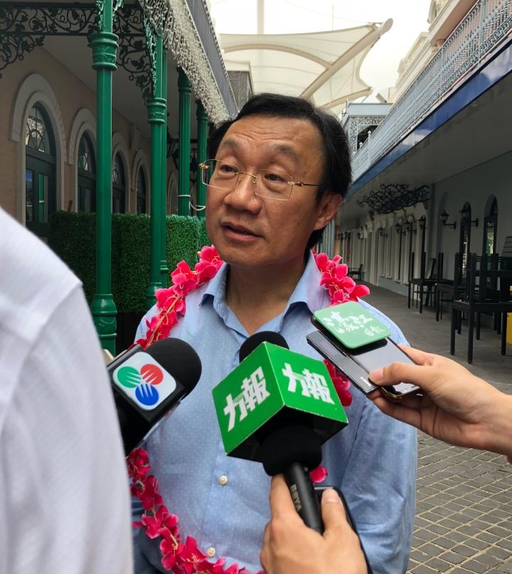 譚俊榮接受傳媒訪問