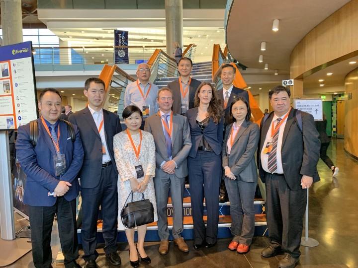 兩岸及港澳消保組織代表與國際消費者聯會總裁Helena Leurent 合照
