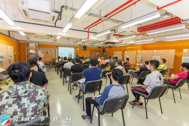 勞工局為結業學員開辦講座及就業配對會
