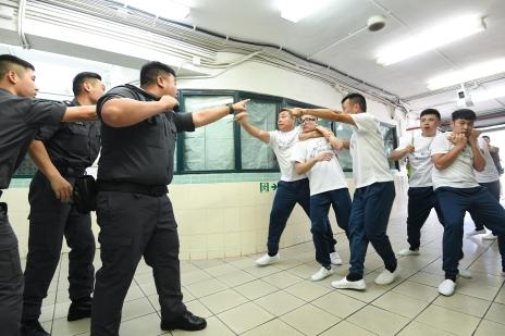 演練模擬﹕4名在囚人在職業培訓期間挾持2名人質並佔據男子監倉區值日室