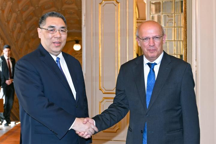 行政長官崔世安與葡萄牙外交部長奧古斯托·桑托斯·席爾瓦共同主持澳葡聯合委員會第六次會議