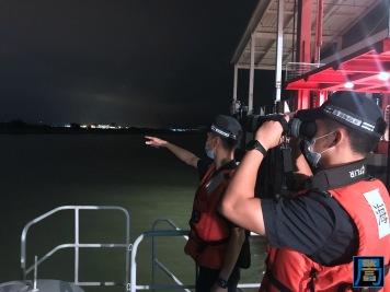 關員加強沿岸和海上截查工作