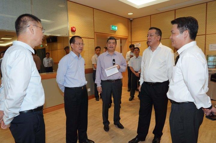中聯辦主任傅自應瞭解市政設施運作及管理安排