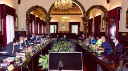 市政署聯同文化局與觀音古廟代表舉行會議商討廟內古樹護理方案
