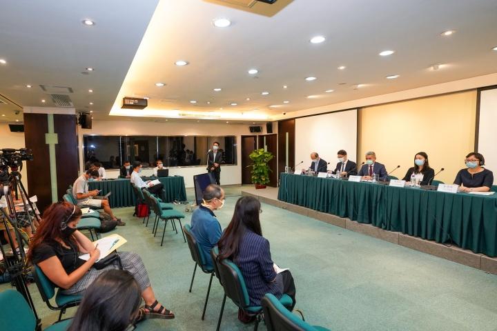 經濟局今日舉行新聞發佈會,公佈首期《消費補貼計劃》中期報告。