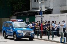 保安部隊及部門透過警車進行撤離訊息廣播