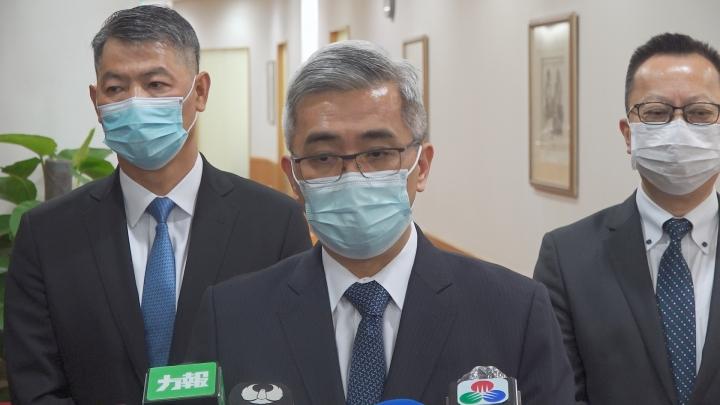 保安司司長黃少澤接受訪問
