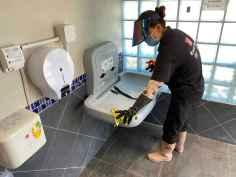 清潔消毒嬰兒換尿布台