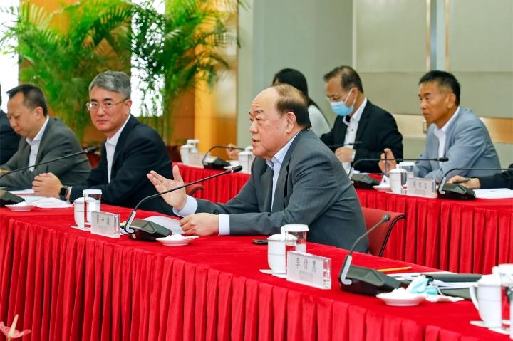 行政長官賀一誠與珠海市市委書記郭永航、市長姚奕生會面